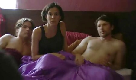 Su delgada novia rubia cabalgando otra videos porno con argumento en español polla