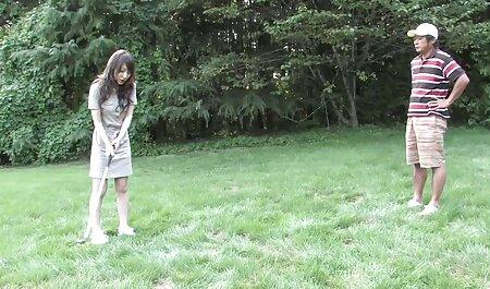 Esposa blanca es follada por un hombre mientras videos porno subtitulados en español su esposo trabaja