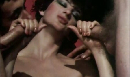 Asiático adolescente mamada en público ver videos porno en español baño