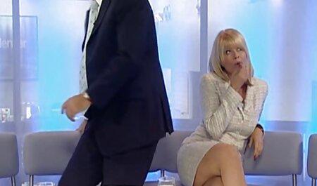 La porno free en español MILF alemana Jenni recibe sexo anal duro con un usuario de gran polla